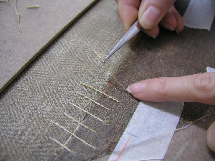 Consolidamento e risanamento dei supporti in legno